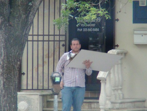 Psychiatrist-Fernando-Mendez-Villamil